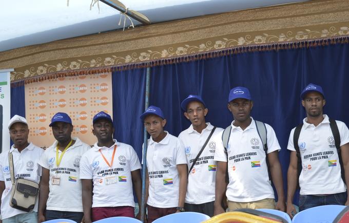 Les Jeunes Leaders pour la Paix à la cérémonie de la journée internationale de la paix