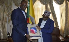 Monsieur Serge Bounda avec SE Azali Assoumani Président de l'Union des Comores
